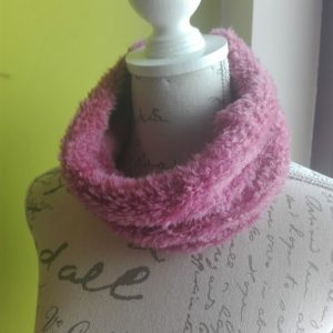 Colsjaal Katia velour roze